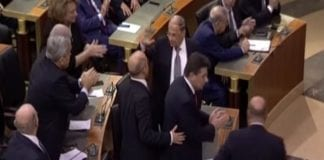 Det libanesiske parlamentet valgte Michel Aoun som landets nye president. (Foto: skjermdump Euronews)