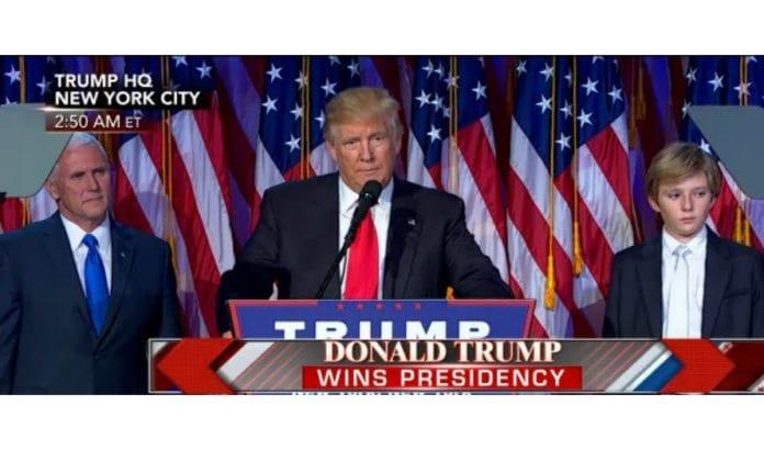 Donald Trump holder sin seierstale i New York 9. november 2016. (Skjermdump fra Fox News)
