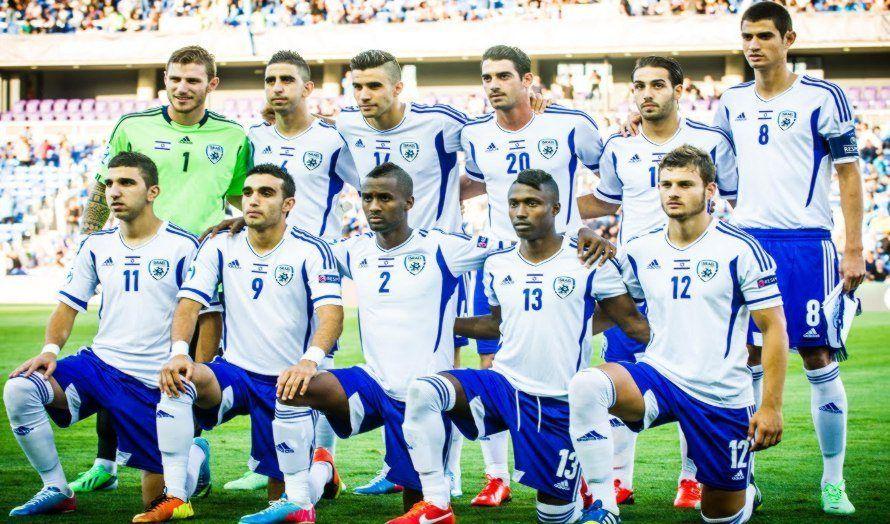 Israels U21-fotballag i forbindelse med fotballkampen mot det norske laget. (Foto: David Katz, flickr.com)