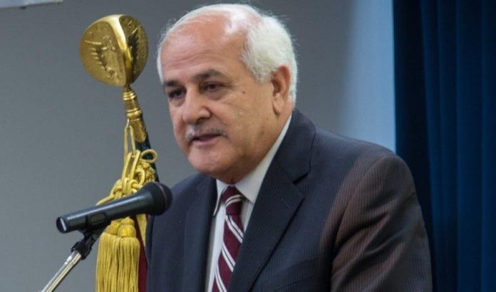 Palestinernes utsending til FN, Riyad Mansour, truer med å gjøre livene til amerikanske diplomater sure. (Foto: John Gillespie, FN)