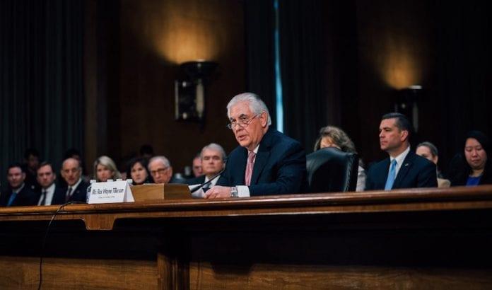 USAs utenriksminister Rex Tillerson blir mer påvirket av arabiske oljenasjoner, enn av den israelske bosetterbevegelsen, skriver avisen Ha´aretz. (Foto: Office of the President-elect)