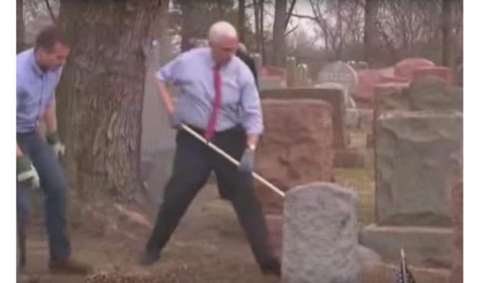 Visepresident Mike Pence deltar i opprydning etter vandalisering av jødiske gravsteder. (Skjermdump fra YouTube)
