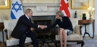 Benjamin Netanyahu i et tidligere møte med Storbritannias statsminister Theresa May. (Foto: Kobi Gideon/Flickr)