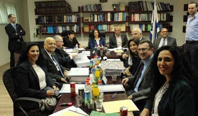 Fire nye høyesterettsdommere ble i går utnevnt i Israel. (Foto: Skjermdump Twitter)