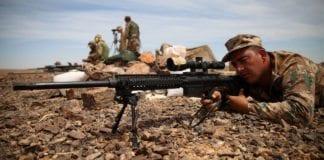 Soldater fra den jordanske hæren på øvelse sammen med den amerikanske hæren. (Foto: Austin A. Lewis)