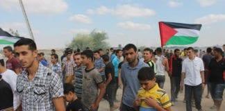 Hele 94% av palestinerne mener det palestinske folket har Gud med seg. (Foto: Joe Catron)