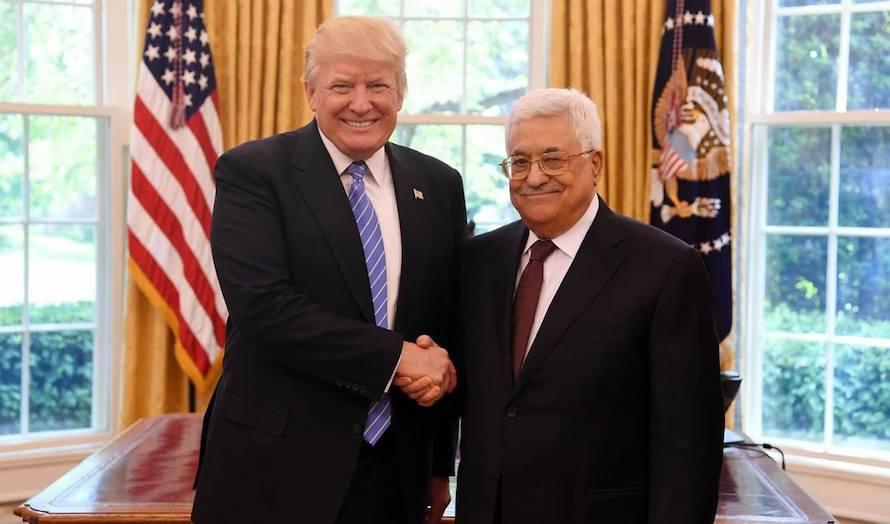Donald Trump og Mahmoud Abbas i Det hvite hus 3. mai 2017. Nå er forholdet mellom dem iskaldt. (Foto: Facebook)