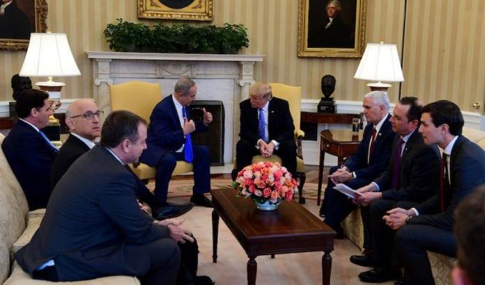 I februar møttes Netanyahu og Trump i Det hvite hus. Neste uke møtes de i Israel. (Foto: Avi Ohayon/Flickr)