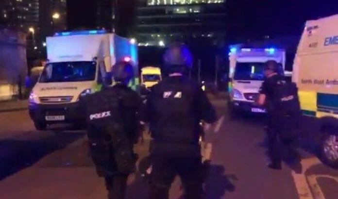 Over 20 personer ble drept og nesten 60 skadet i et terrorangrep i Manchester mandag. (Foto: Twitter)