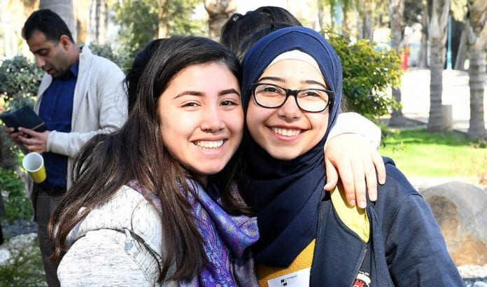 Både israelske jøder og arabere er stolt over å være israelere. (Foto: U.S. Embassy Tel Aviv/Flickr)