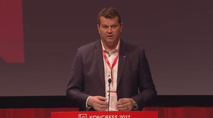 LOs leder Hans-Christian Gabrielsen. (Skjermdump fra LOs direktesending)