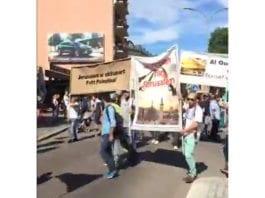 Skjermdump fra arrangørenes live sending fra demonstrasjonstoget i Oslo sentrum lørdag 22. juli 2017.