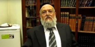 Sjefsrabbiner Meir Bar-Hen mener jødenes tid i Barcelona og Spania går mot slutten. (Foto: YouTube)