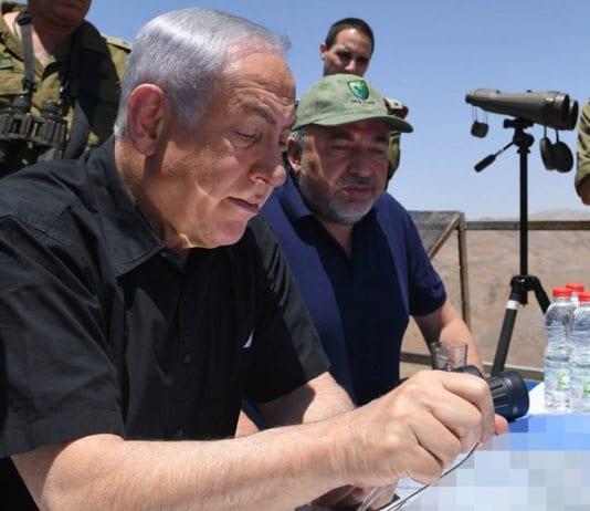 Statsminister Benjamin Netanyahu besøker israelske styrker på Golan 25. juli 2017. (Foto: Kobi Gideon, GPO)