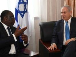 Statsminister Benjamin Netanyahu sammen med Senegals president Macky Sall i samtale 4. juni 2017. (Foto: Kobi Gideon, GPO)