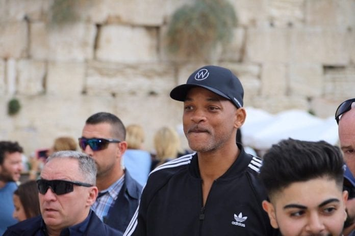 Hollywood-stjernen Will Smith dukket uanmeldt opp i Jerusalem. (Foto: The Western Wall Heritage Foundation)