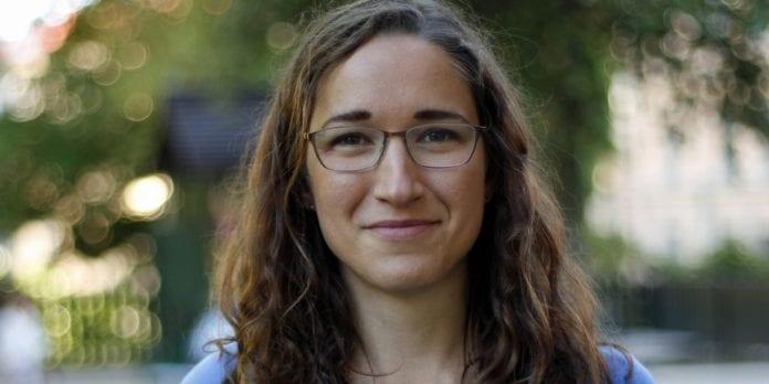 Riksdagsmedlem Laila Naraghi kommer med alternative fakta om Sveriges forhold til Israel. (Foto: Dunderzklumpen/Wikimedia Commons)