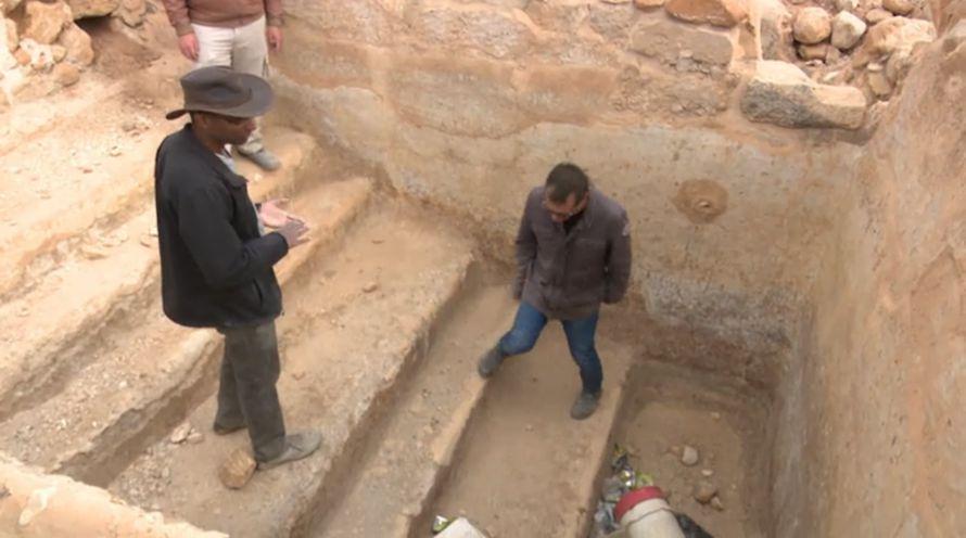 Dette var et basseng (Mikve), til bruk for rituelle jødiske bad. (Foto: Skjermdump fra Hadashot)