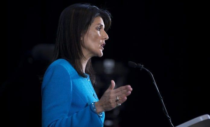 USAs FN-ambassadør Nikki Haley ønsker kutt i amerikansk bistand til palestinerne. (Foto: EJ Hersom/Flickr)