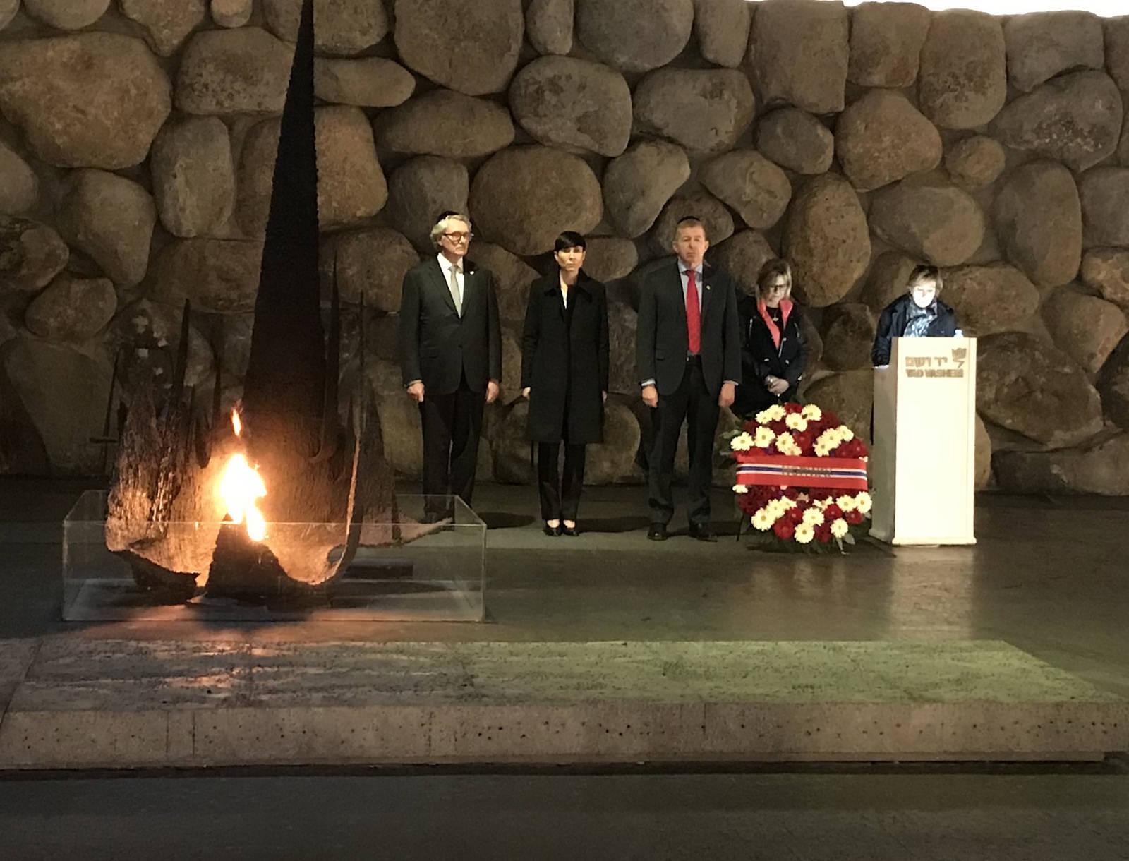 Søreide besøkte også Holocaust-museet Yad Vashem under sitt besøk i Jerusalem. (Foto: UD)