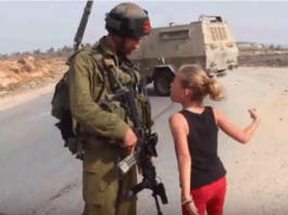 Det ligger utallige videoer på Youtube hvor Tamimi forsøker å provosere israelske soldater. (Foto: Skjermdump)