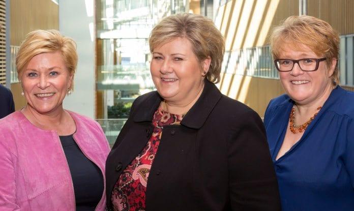 Siv Jensen (FrP), Erna Solberg (Høyre) og Trine Skei Grande (Venstre) danner ny regjering. (Foto: Hans Kristian Thorbjørnsen, Høyre, flickr)