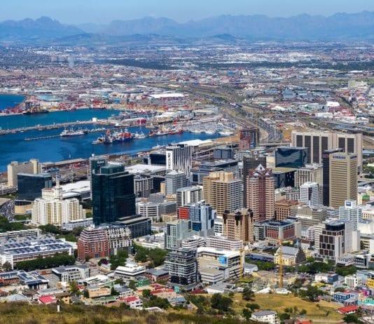 Millionbyen Cape Town er I ferd med å gå tom for vann etter at Sør-Afrika sa nei til hjelp fra Israel. (Foto: Gilbert Sopakuwa/Flickr)