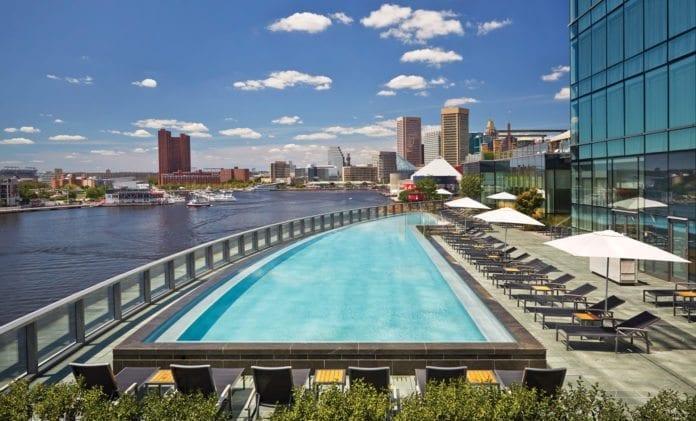 På dette luksushotellet i Baltimore bodde fire representanter for PA. Hotellregningen kom på 110.000 kroner. (Foto: Four Seasons)