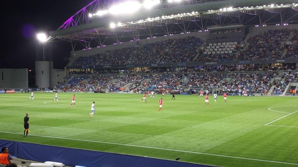 Netanya stadion er en aktuell kamparena. Bildet er fra kampen mellom Israel og Norge under U21-EM i 2013. (Foto: Geir Knutsen)