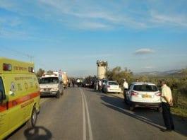 To unge israelere er døde etter en påkjørsel fredag. Flere andre skal være skadet. (Foto: Magen David Adom)