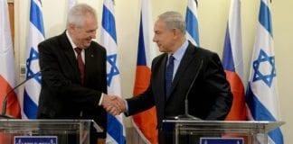 Den tsjekkiske presidenten Milos Zeman i møte med Benjamin Netanyahu. (Foto: Kobi Gideon/Flickr)