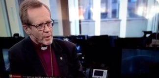 Biskop Halvor Nordhaug i Bjørgvin deltok som gjest i Avisrunden på TV2 Nyhetskanalen søndag 8. april. (Foto: Privat)