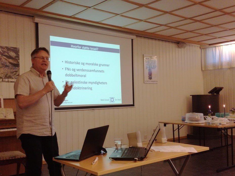 Bengt-Ove Nordgård holdt foredrag. (Foto: Jan Nordstokkå)
