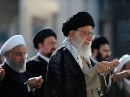Ayatollah Ali Khamenei ved markeringen av Id al-fitr 15. juni 2018. (Foto: Iranian Supreme Leader)