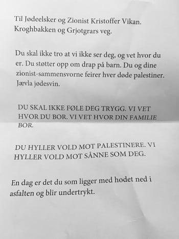 Det var dette brevet Kristoffer Vikan fant festet til bilvinduet sitt en dag i mai i fjor. (Foto: Privat)