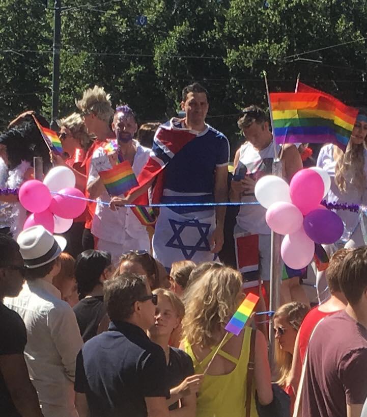 En israelsk turist? Fra Pride-paraden i Oslo 30. juni. (Foto: Privat)