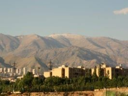 Iran er rammet av tørke og enkelte anklager Israel for å stå bak. Dette bildet er fra Teheran i 2016. (Foto: Flickr/CC)