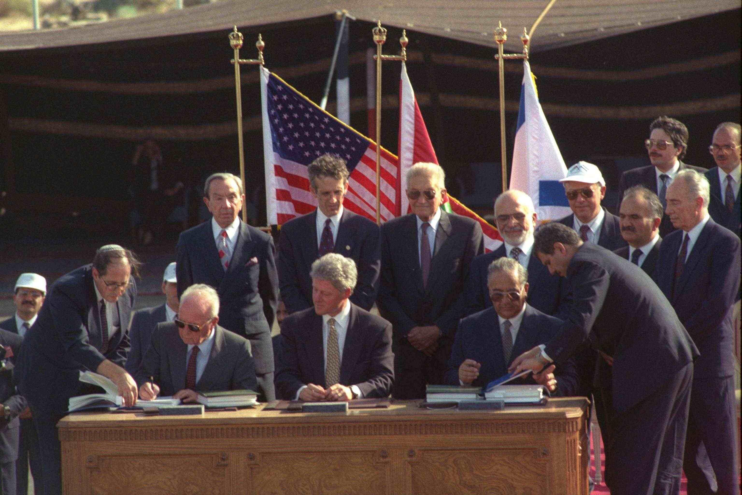 Israel og Jordan signerte i 1994 en fredsavtale. al-Majali var en av dem som signerte avtalen. (Foto: Wikipedia)