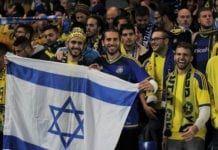 Maccabi Tel Aviv-fans før kampen mot Chelsea i i Champions League i 2015. (Foto: Flickr)