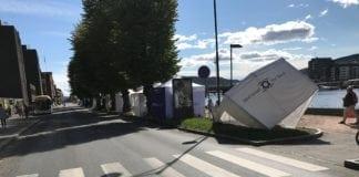MIFF Drammens ødelagte telt. (Foto: Sigurd Eikaas)