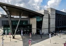Arrangøren av Eurovision mener dette lokalet i Tel Aviv er det beste stedet å arrangere konkurransen. (Foto: Kan)