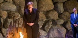 Den tyske forbundskansleren Angela Merkel besøkte Yad Vashem torsdag 3. oktober.