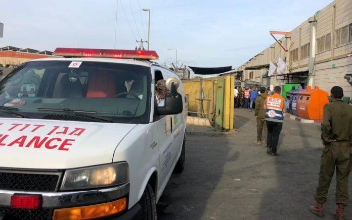 To israelere ble drept og en ble såret i et terrorangrep mot industriparken Barkan på Vestbredden. (Foto: Magen David Adom)