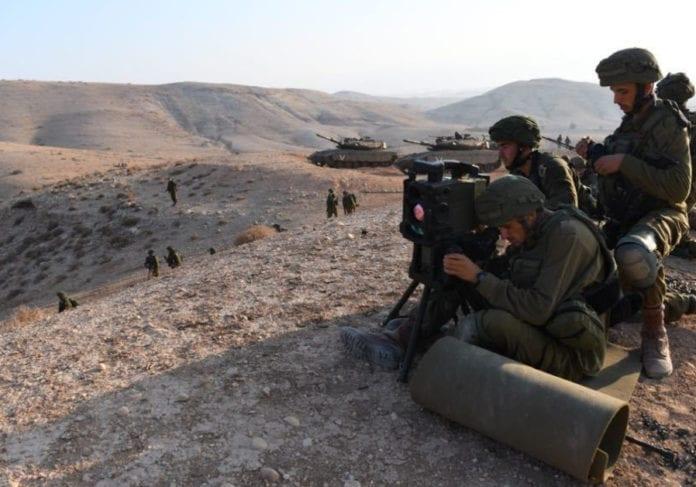 Fallskjermjegere deltar i en øvelse hvor scenarioet er krig mot Hizbollah i august 2018. (Foto: Det israelske forsvaret)