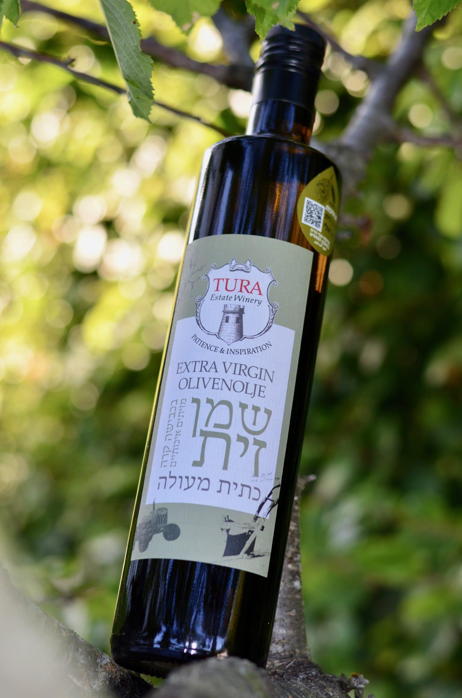 Olivenoljen fra Tura Winery.