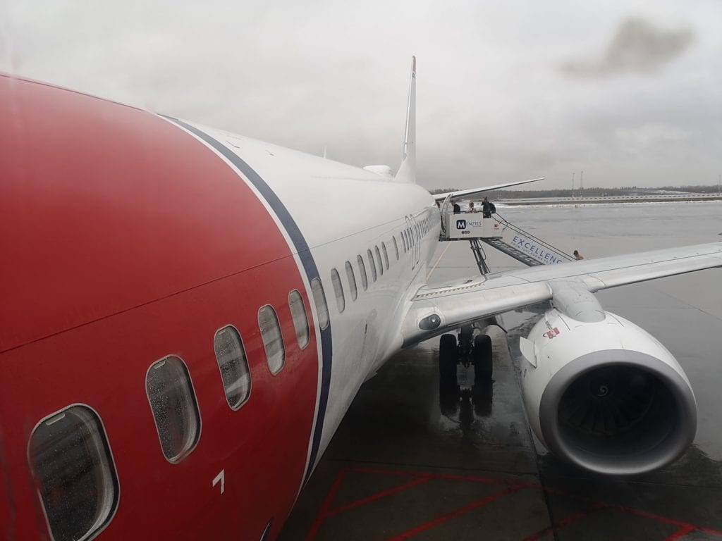 Klokken 09.15 forlot vi et regntungt Norge med kurs for Israel. Fem timer senere var vi framme. (Foto: Bjarte Bjellås)
