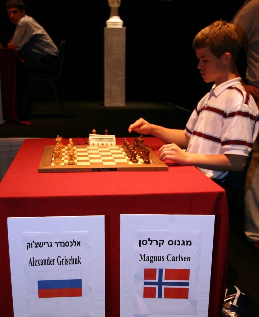 Magnus Carlsen, som siden skulle vinne alt som var mulig i sjakkens verden, kunne den gang ikke hindre at den russiske stormesteren Aleksandr Grisjtsjuk vant turneringen.