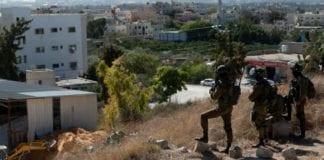 Det foregår en stor jakt etter mistenkte terrorister på Vestbredden. Militæret, Shin Bet og politiet deltar. (Foto: IDF)