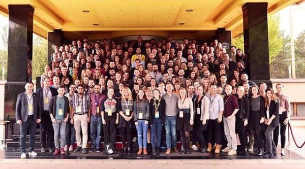 Delegatene på generalforsamlingen til European Youth Forum i november 2018. (Foto: youth_forum, Instagram)