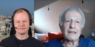 Conrad Myrland intervjuer norsk-israelske Peter Beck direkte fra hans hjem i Jerusalem. (Foto: Skjermdump)